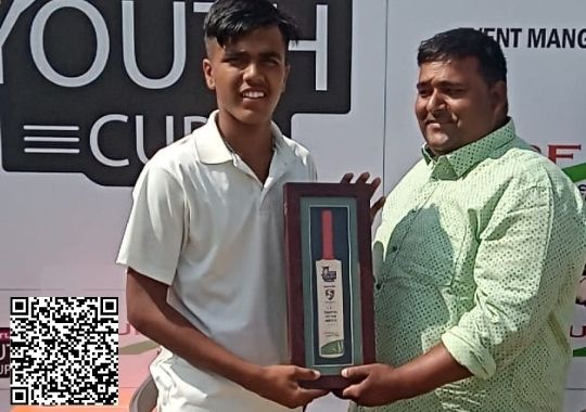 robin-bisht-and-rohan-great-batting-winning-innings-for-hari-singh-academy