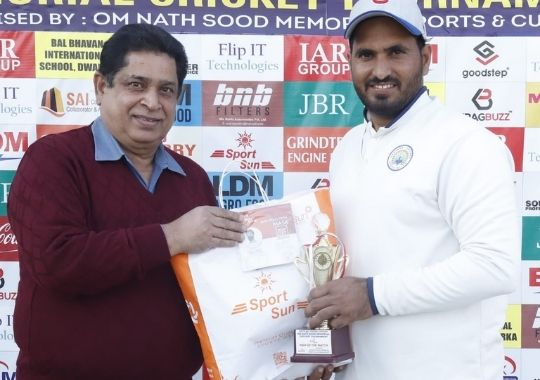 In the final of Haryana Cricket Academy Sood Cricket due to the brilliant game of Hitesh and Rajat