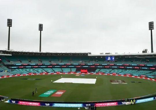 India vs Australia test series First day of rain in Sydney